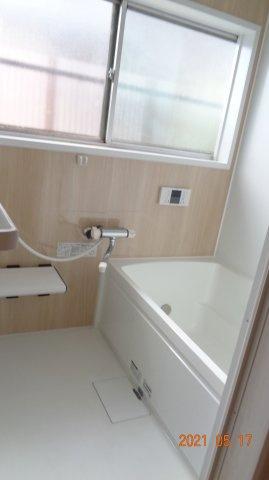 【浴室】長作町土井貸家2号