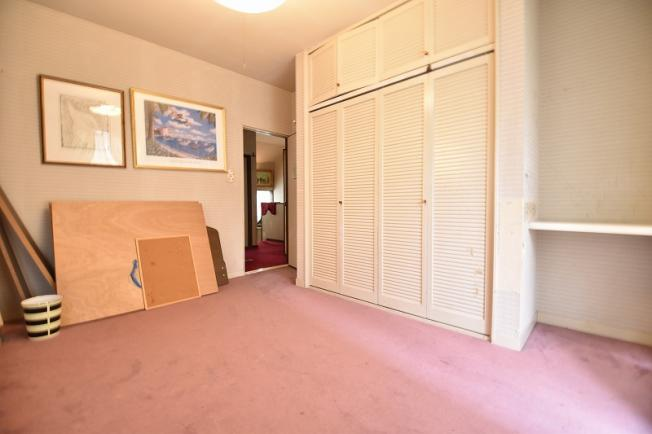 2階洋室、6.3帖 (2021年7月撮影)