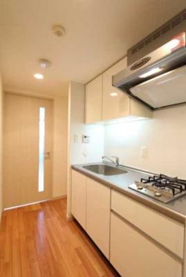【キッチン】プラウドフラット三軒茶屋 眺望良好 独立洗面台 浴室乾燥機 オートロック