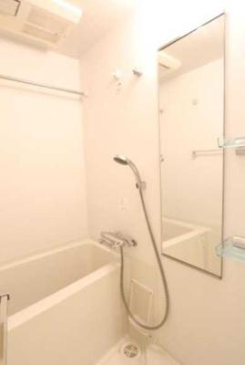 【浴室】プラウドフラット三軒茶屋 眺望良好 独立洗面台 浴室乾燥機 オートロック