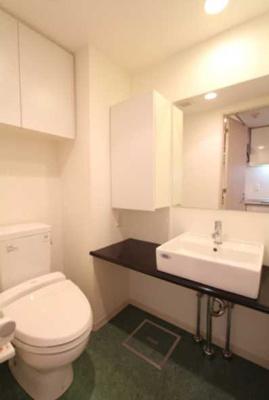 【トイレ】プラウドフラット三軒茶屋 眺望良好 独立洗面台 浴室乾燥機 オートロック