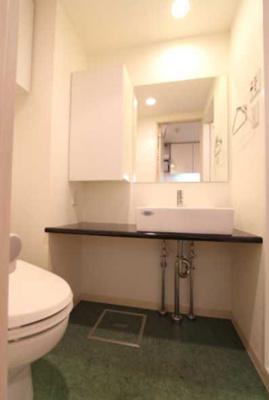 【洗面所】プラウドフラット三軒茶屋 眺望良好 独立洗面台 浴室乾燥機 オートロック