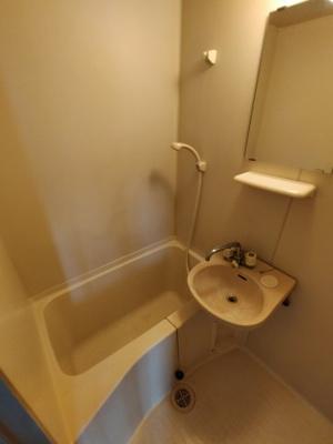 【浴室】EAST RESIDENCE NAGATA