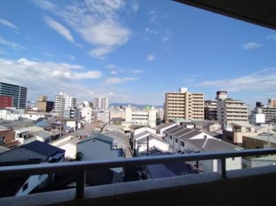 全面に棟がありませんので眺望が綺麗ですね。