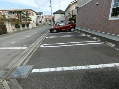 【駐車場】シュティルブリーゼⅠ