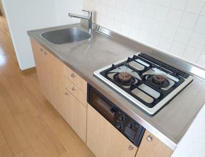 お料理しやすいガスコンロのキッチン