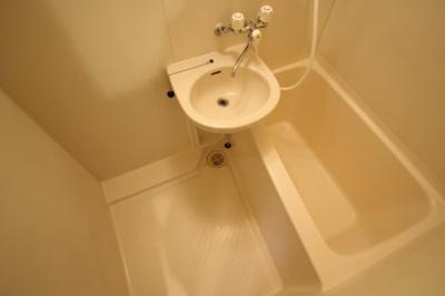 【浴室】シャトラン弓木壱番館