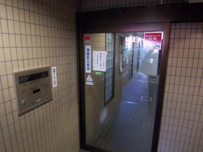 【エントランス】パレ・ドール伊勢佐木町南Ⅱ