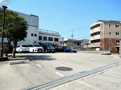 【駐車場】マンションサンプラザ1
