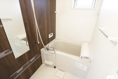 【浴室】アールヴォリ町村