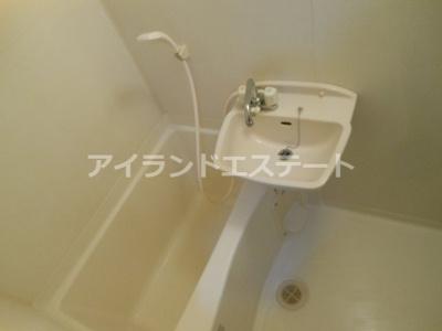 【その他共用部分】グレース原田 バストイレ別 室内洗濯機置場 東南向き