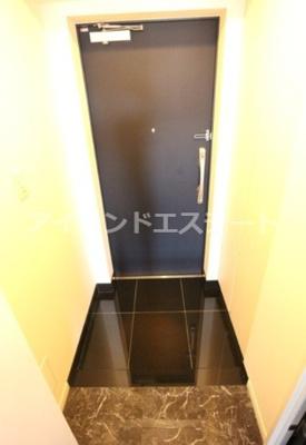 【玄関】レジディア三軒茶屋Ⅲ 築浅 ファミリー向け賃貸 独立洗面台