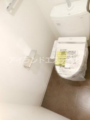 【トイレ】レジディア三軒茶屋Ⅲ 築浅 ファミリー向け賃貸 独立洗面台