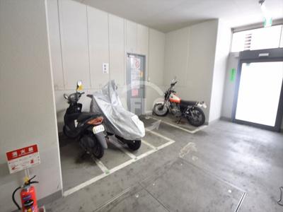 エグゼレジデンスタワー バイク置き場