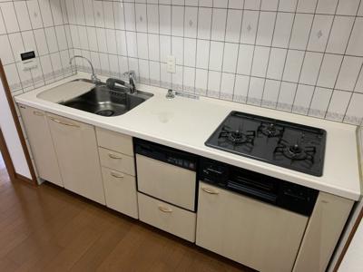 【キッチン】ローレルトアスクエア