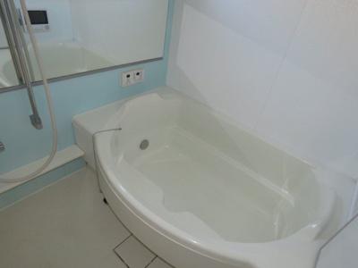 【浴室】プレミールエステートE