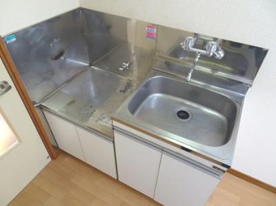 【キッチン】お値打ちバストイレ別アパート♪