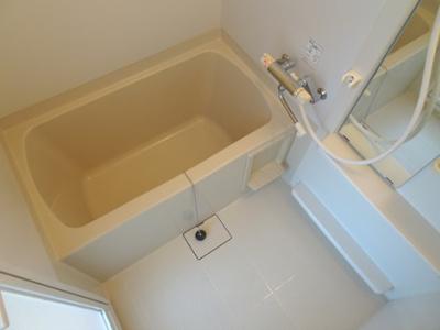 【浴室】お値打ちバストイレ別アパート♪