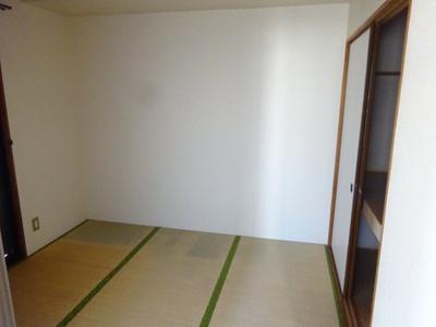 【寝室】フォーレストヒルズⅡ