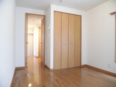 【居間・リビング】クラスカアパートメント2号館