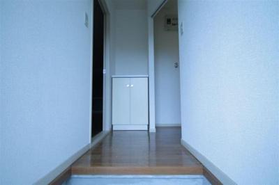 玄関です☆※現状を優先します。