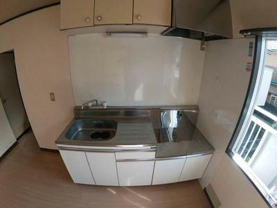 広々使えるキッチンです