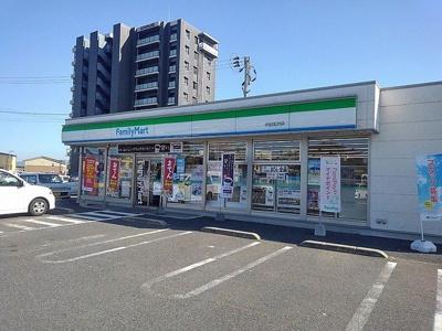 ファミリーマート宇佐四日市店まで400m