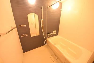 【浴室】ヴィラ フローラ