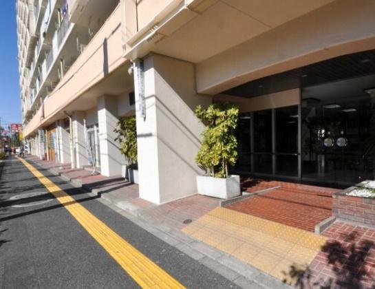 【エントランス】東武大師前サンライトマンション