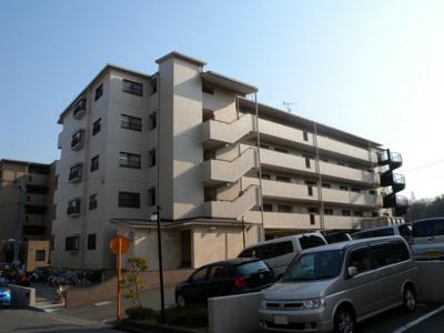 【外観】香里ヶ丘Ⅰ番館