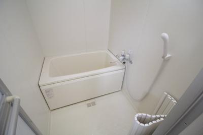 【浴室】アヴィタシヨン岡町