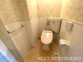 トイレです♪お好きなリフォームをして新しい生活を始めませんか?お気軽にネクストホープ不動産販売までお問い合わせを!!