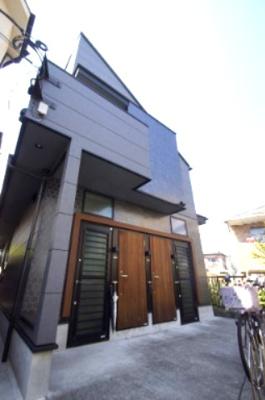 都営浅草線「西馬込」駅より徒歩圏内のテラスハウスです
