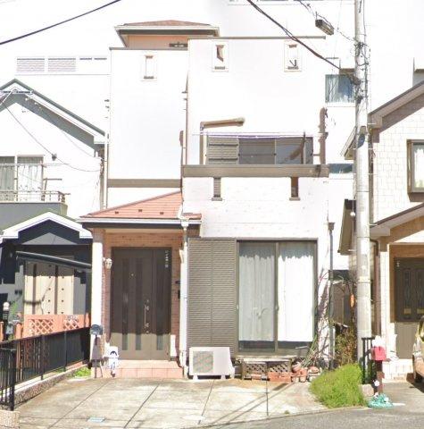 屋上バルコニーのあるお家です。