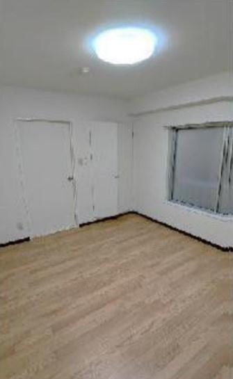 【寝室】ホワイトベースビル