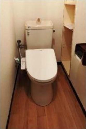 【トイレ】ホワイトベースビル