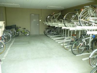 【駐車場】RAFFINE西宮北口
