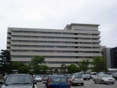 富山県立中央病院まで2,317m