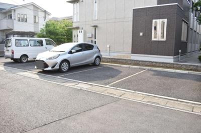 【駐車場】クレセント