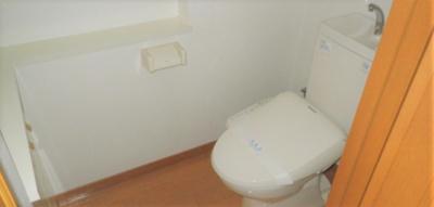 シンプルで使いやすいトイレです