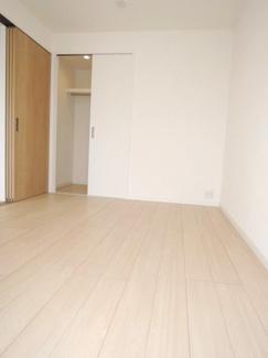 各居室たっぷり収納スペースあり。洋室