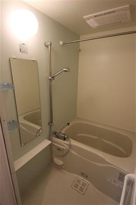 【浴室】プレサンスタワー北浜