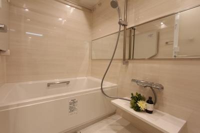 浴室暖房乾燥機付き。