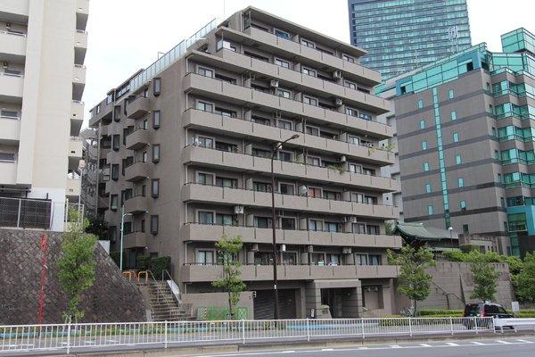 9階建て総戸数61戸のマンション