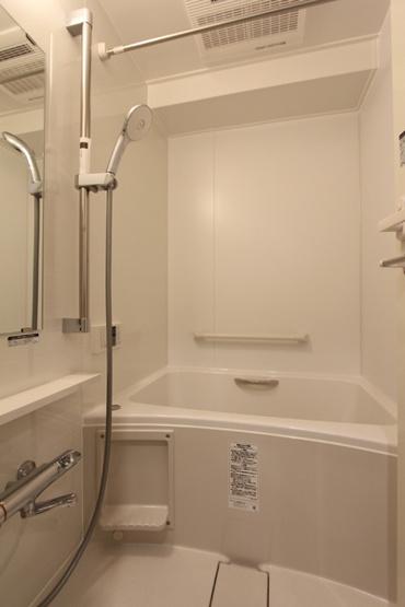 浴室暖房乾燥機つき!
