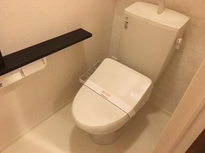 コンパクトで使いやすいトイレです 同型タイプ