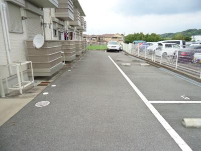 【駐車場】ブランコート
