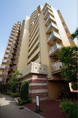 「大鳥居」駅から徒歩1分の分譲賃貸マンションです。