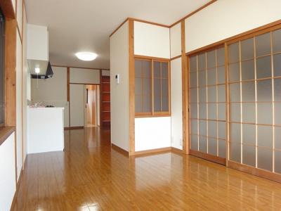 【居間・リビング】高須新町四丁目貸家 西棟