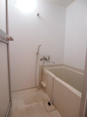 【浴室】クオリス